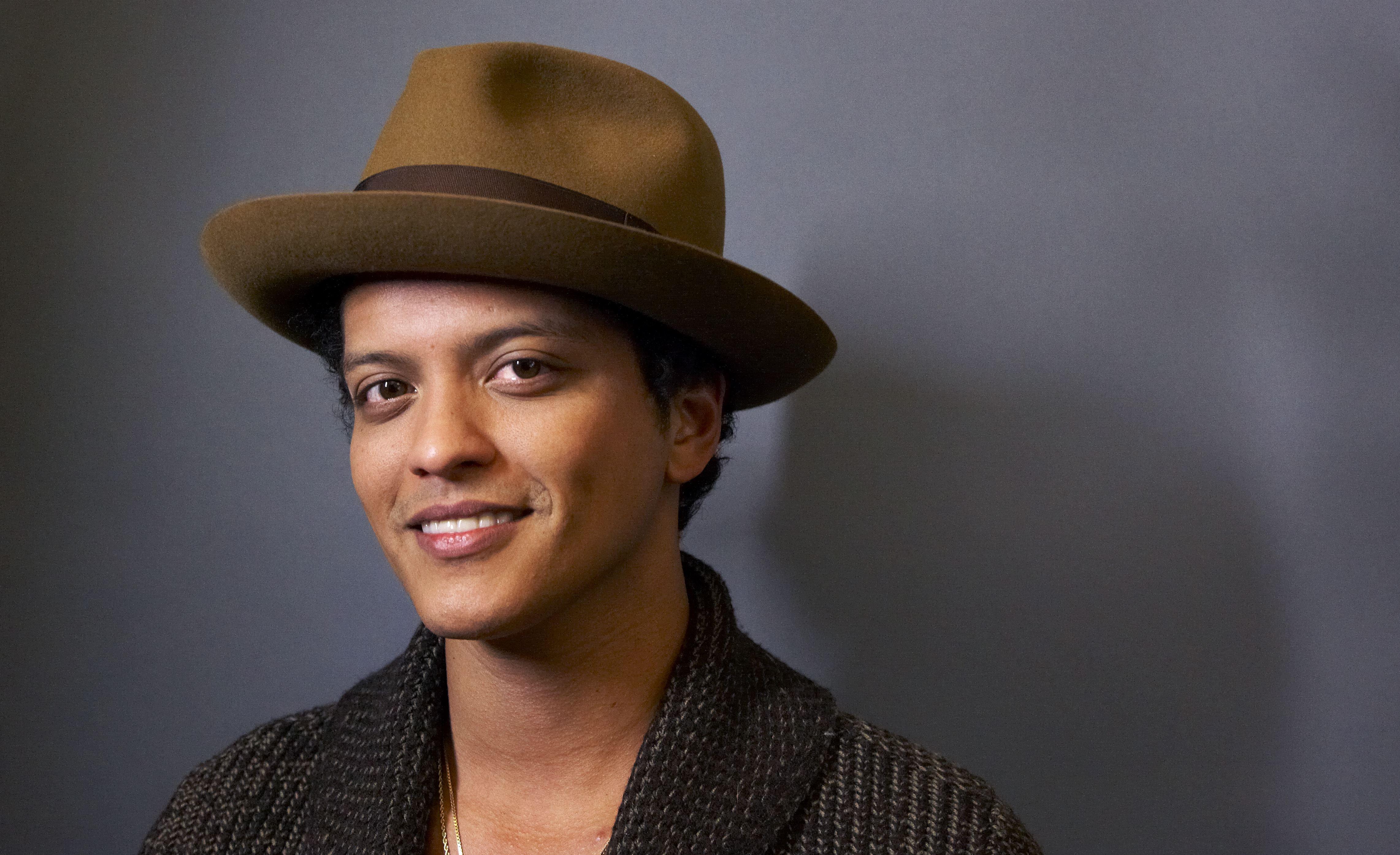 HEADER-Bruno-Mars
