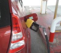 Nieuwe tarieven: benzine goedkoper, kookgas na maanden duurder