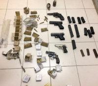 Venezolanen met vuurwapens en handgranaten gepakt