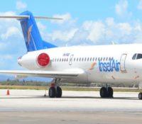 Fokker 70 van InselAir terug naar Nederland