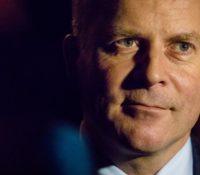 Staatssecretaris Knops brengt eerste bezoek aan Benedenwinden