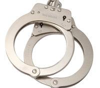 Jongens van 13 en 15 verdacht van in het gezicht schieten 13-jarig meisje