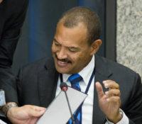 Knops spreekt met bevolking Sint Eustatius in gemeentehuis