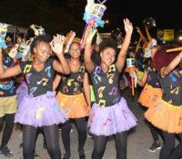 Tiener Parade was weer kleurrijk en mooi