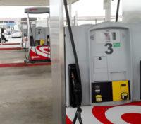 Benzine, diesel en water in juni flink duurder