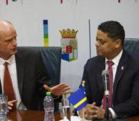 Kabinet-Rhuggenaath zegt uitspraken minister Blok ten zeerste te betreuren