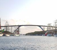 Indrukwekkende tall ships op Velas Latino América Curaçao 2018