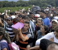Nu al 2,3 miljoen Venezolanen op de vlucht