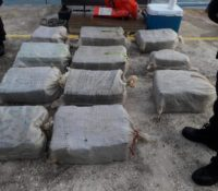 Kustwacht onderschept boot met 340 kilo cocaïne