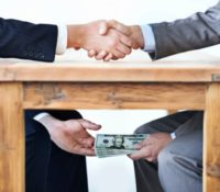 Corruptiezaak rond de verkoop olieraffinaderij