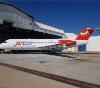 Eerste Fokker 70 van Jetair aangekomen op Curaçao